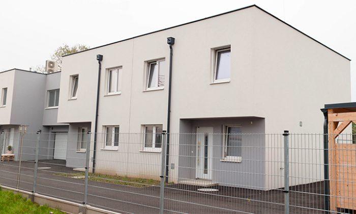 Schwadorf, Johannesweg – 12 Reihenhäuser